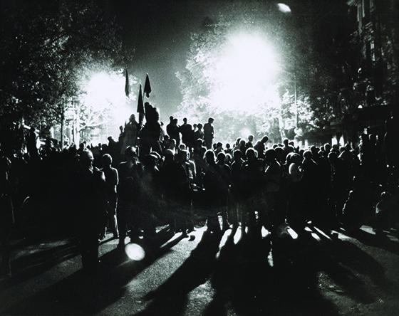 montfort-crowd-1968