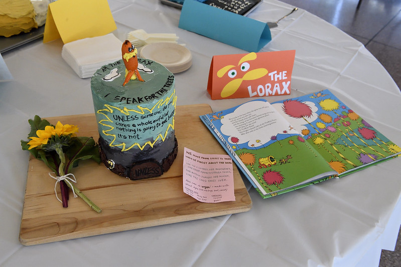 edible book cake